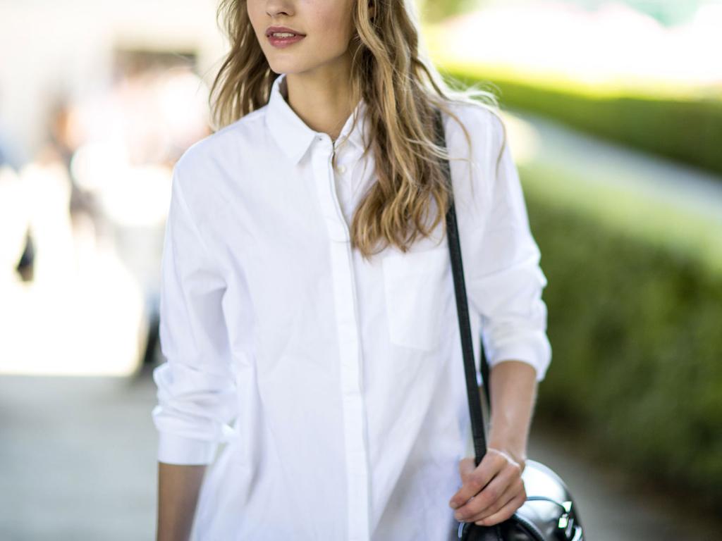 Белая рубашка тоже бывает стильной
